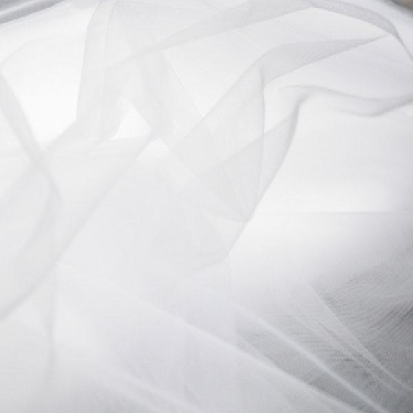 Tüllrest No. 1075 (ähnlich zum Feintüll Valle, off-white)