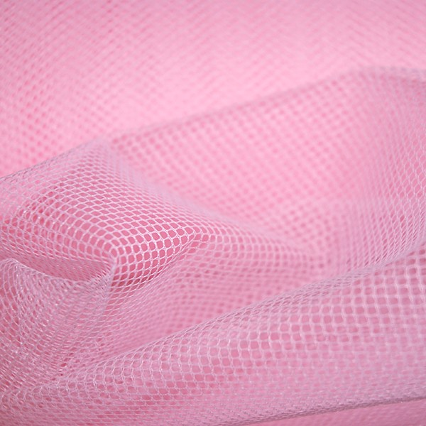 Tulle Remnant No. 1136 (Stiff Tulle T70, rose)