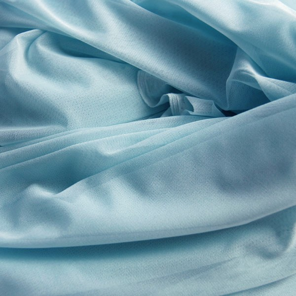 Tulle Remnant No. 908 (Elastic Tulle Vegas, light blue)